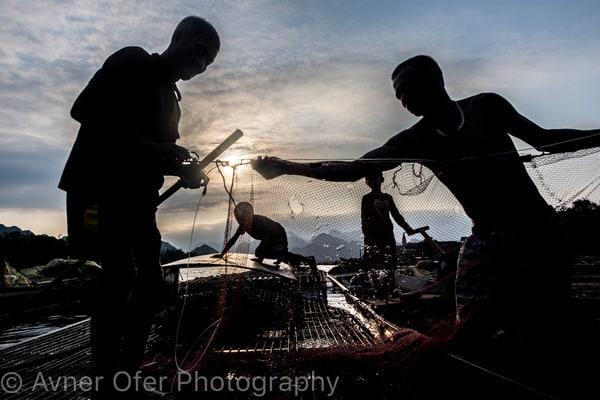 Silhouetted fisherman - Phong Nha hrz