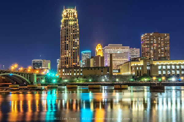 Carlyle on the River - Minneapolis Wall Murals | William Drew Photography