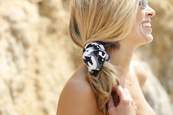 Horse Yin Yang Headband / Grey