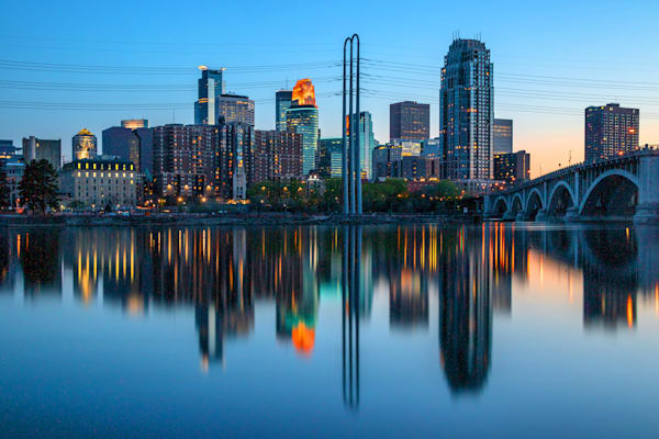 Dusk Reflections of Minneapolis - Minneapolis Minnesota Skyline Art