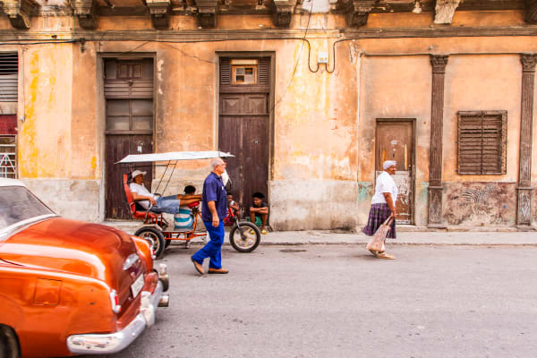Warmth of Havana:  Photographs of Cuba:  By Photographer Shane O'Donnell