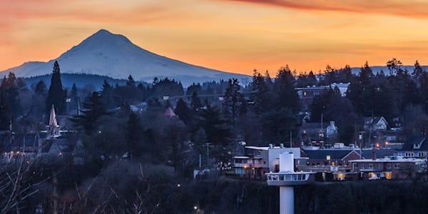 Oregon City with MT. Hood