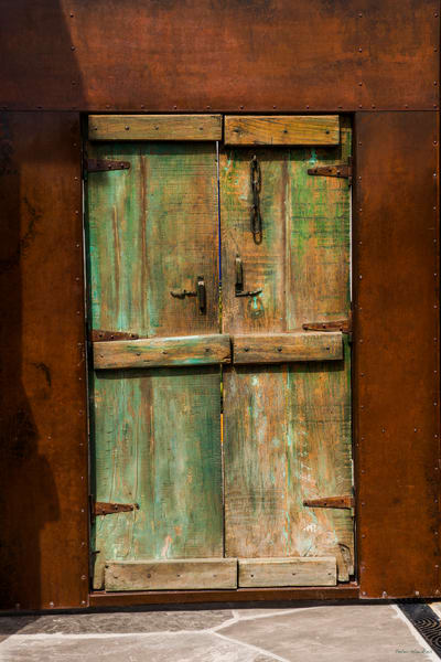 DP485 Green Door
