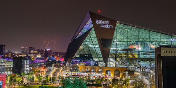 US Bank Stadium Lightning - Professional Pictures Minneapolis