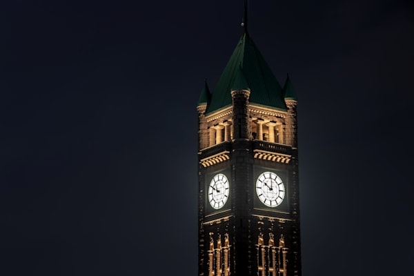 Minneapolis Clock Tower - Pictures of Downtown Minneapolis