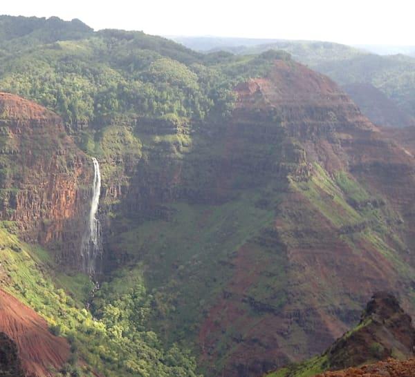 Waime Canyon Falls