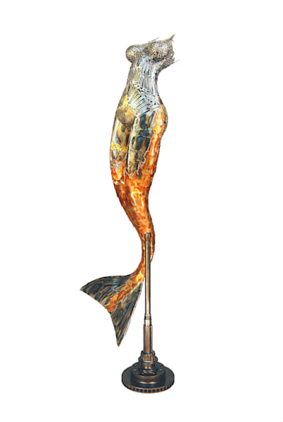 Lahaina Art Gallery features creative, repurposed sculptures by Artist Brian Mock