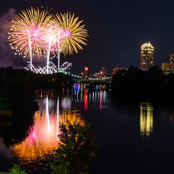 2019 Aquatennial Fireworks 6 - Minneapolis City Photos | William Drew