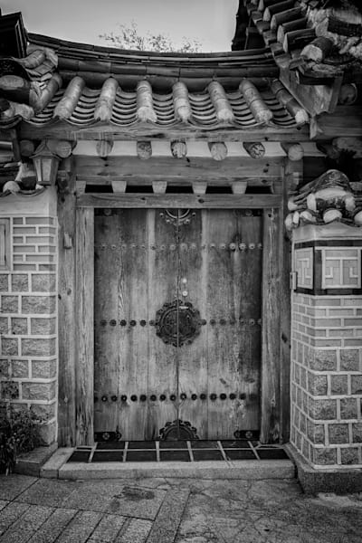 Doorway in Bukchon Black & White