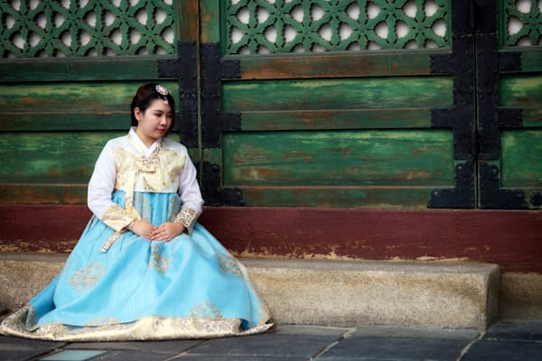 Korean Girl in Hanbok | Shop Photography by Rick Berk