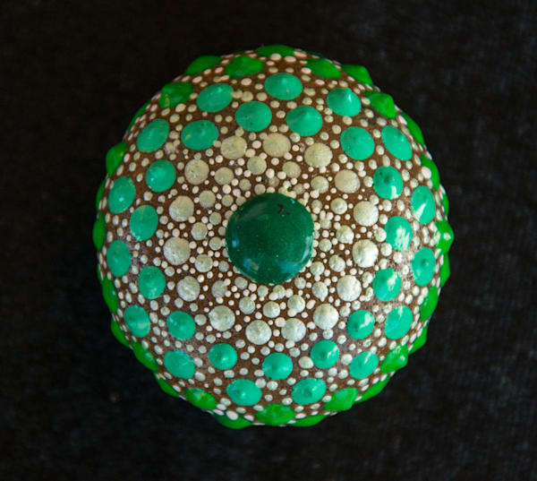Green Mandala Dot Stone (F)