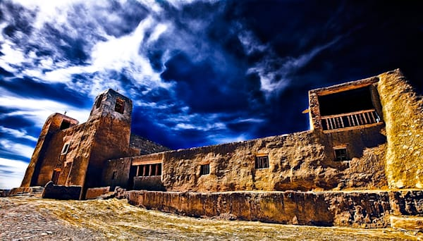 Acoma Pueblo Mission - New Mexico Pueblo By Christopher Gatelock