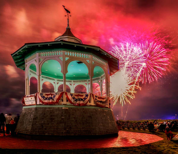 Oak Bluffs 2019 Fireworks #2
