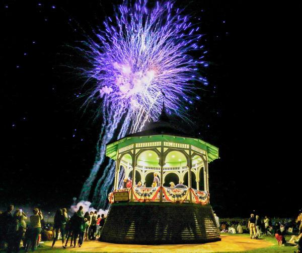 Oak Bluffs 2019 Fireworks #4