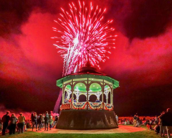 Oak Bluffs 2019 Fireworks #1