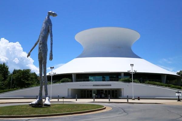 'looking Up' Sculpture At Saint Louis Science Center Art | Moore Design Group