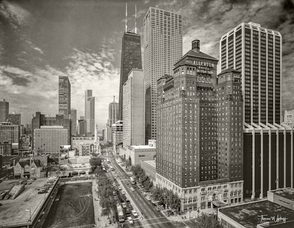 Chicago photographs by Thomas Wyckoff - Magnificent Mile