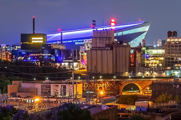 US Bank Guthrie Gold - US Bank Stadium Pictures | William Drew Photography