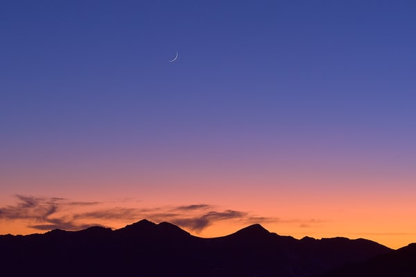 The Setting of the Crescent Moon