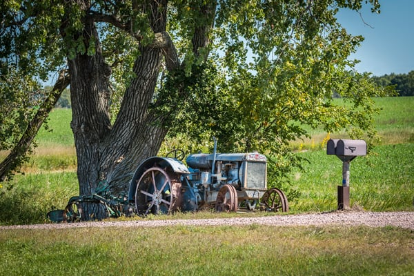 Twin City Tractor | Jim Parkin Fine Art Photography