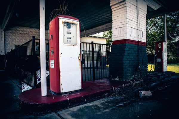 Abandoned Route 66 gas station photography prints