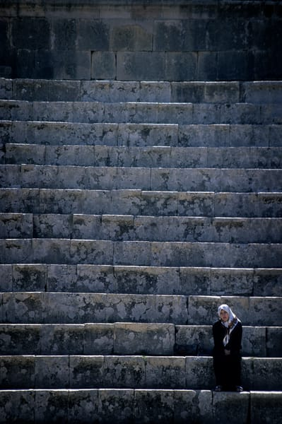 Girl From Jerash Photography Art | templeimagery
