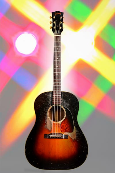 411.1834 Gibson J45 In Color
