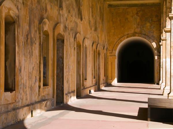 San Cristobal Courtyard Art | Mark Stall IMAGES