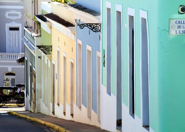 San Juan Steep Street Art | Mark Stall IMAGES