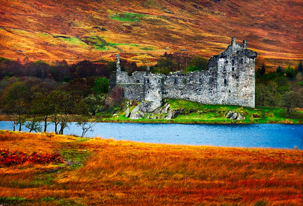 Kilchurn Castle - Art of Scotland Print By Christopher Gatelock