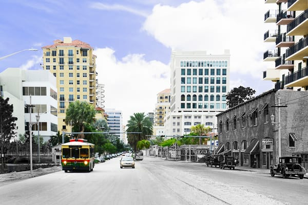 Looking South On Ponce De Leon Boulevard   Coral Gables Art | Mark Hersch Photography