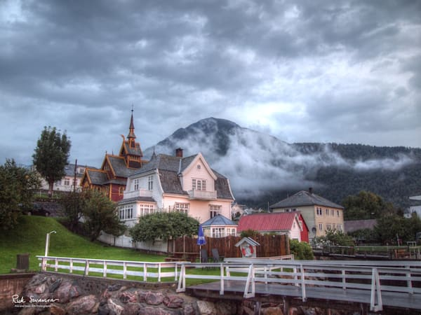 Sunrise at Balestrand