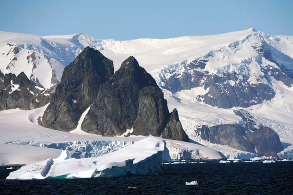 Antarctica,Mountain