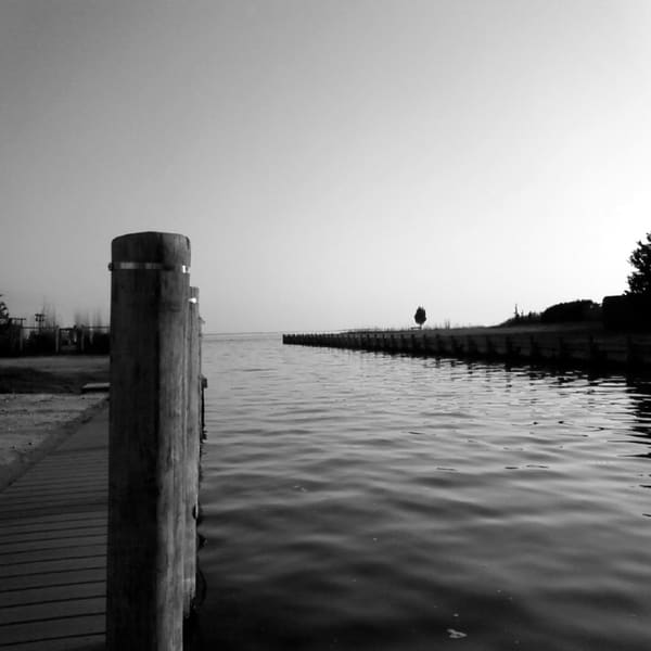 Hamptons Canal Art | ARTHOUSEarts