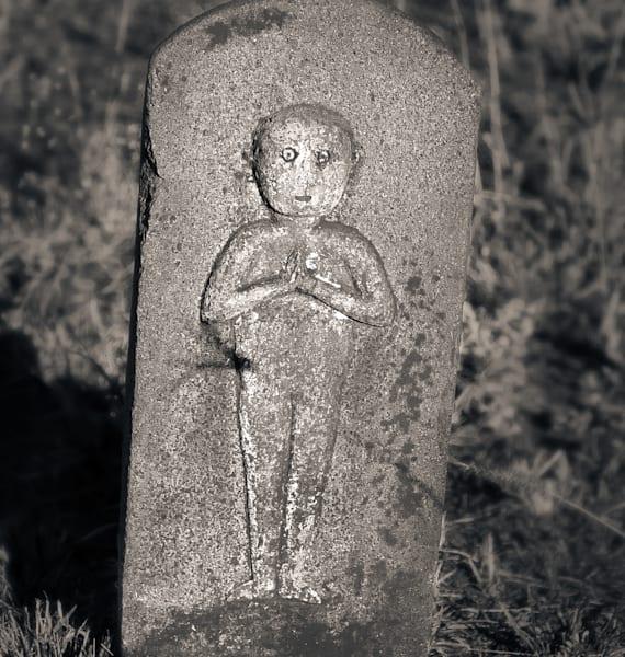 Wide Eyed Figure Hanakaoo Cemetery Maui