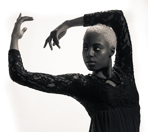 Niara Abstract Dance