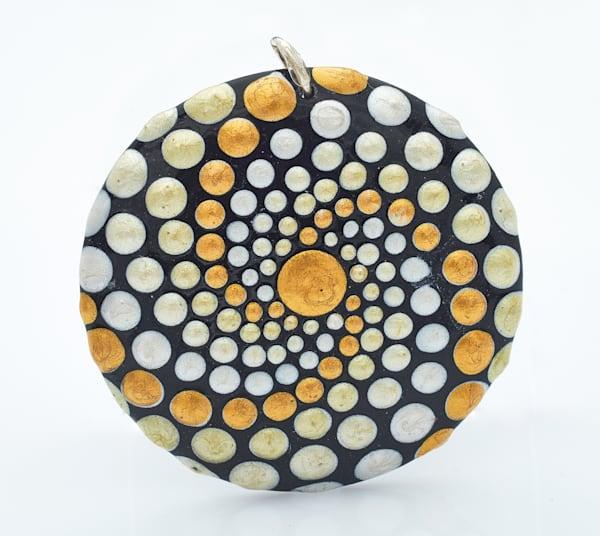 Circle Pendant (E)