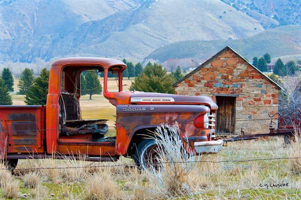1060 Old Dodge