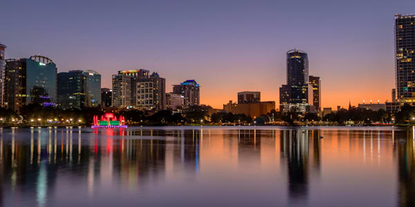 An Evening at Lake Eola Park in Orlando - Orlando Art | William Drew