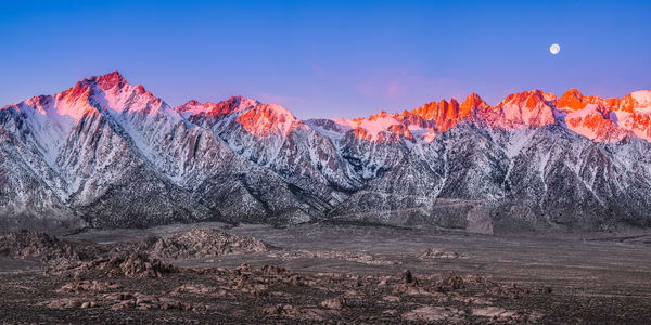 Sunrise on the Eastern Sierra 1:2