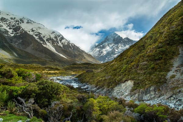 Middle Earth Art | Earth Trotter Photography