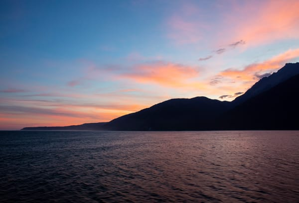sunrise milford ocean sound new zealand