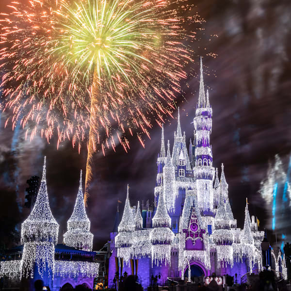 Minnie's Wonderful Christmastime Fireworks Purple - Disney Castle Canvas