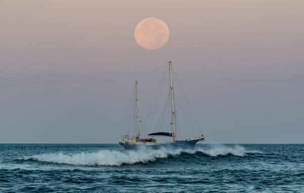 Motoring At Moonset Photography Art   Kit Noble Photography