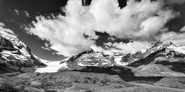 The Columbia Ice Fields in Banff. |Banff National Park|Canadian Rockies|Rocky Mountains|