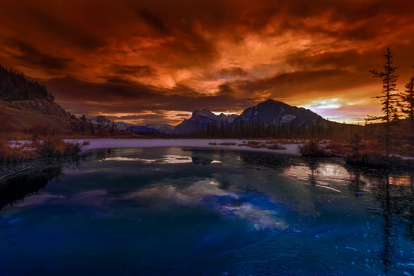 Sunrise over Rundle and from Vermilion Lakes. Banff National Park|Canadian Rockies|Rocky Mountains|