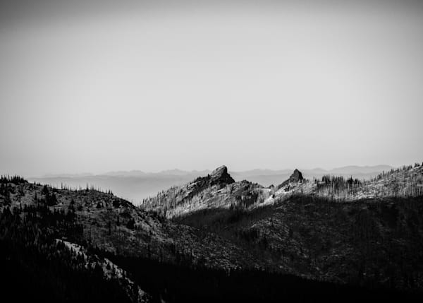 Hurricane Ridge 4 - Black and White - Sammy Spence