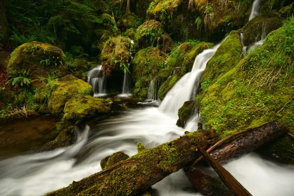 Watson Falls - Crater Lake Oregon Waterfalls - Fine Art Prints on Metal, Canvas, Paper & More By Kevin Odette Photography