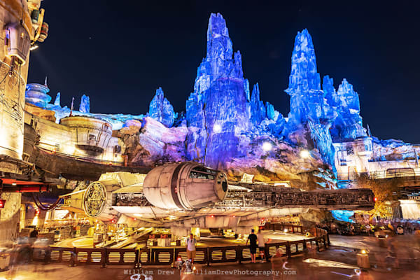 The Millennium Falcon at Batuu - Disney Wall Murals | William Drew