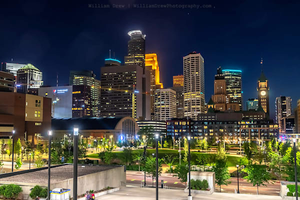 The Commons Skyline - Minneapolis Wall Murals | William Drew Photography